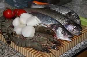 рыба и морепродукты для супа