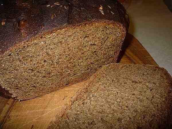вкусный бездрожжевой ржаной хлеб
