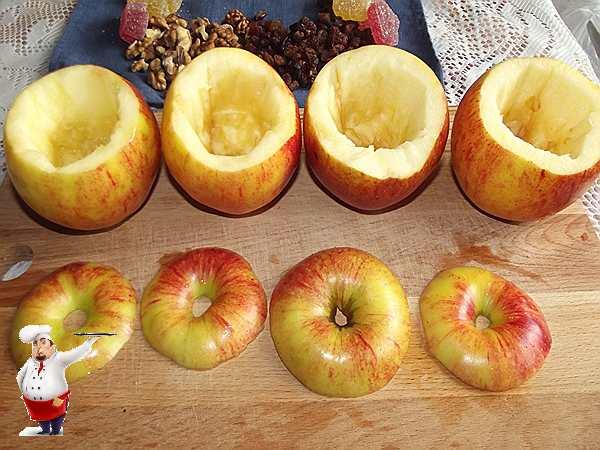 приготовленные яблоки для десерта