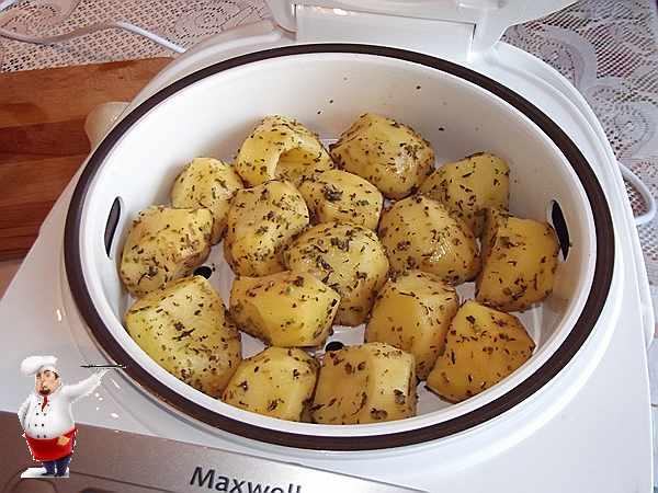 ставлю картошку в мультиварку
