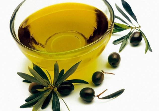 полезный продукт оливковое масло