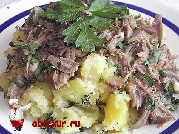картошка отварная домашняя с мясом