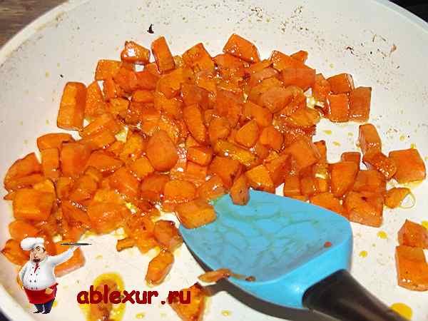 обжаренная морковь для икры