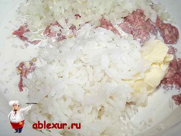 добавляю в фарш жасминовый рис