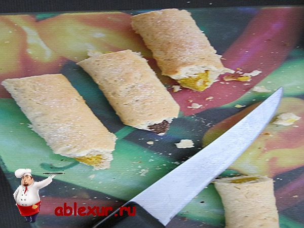 обрезаю песочное печенье
