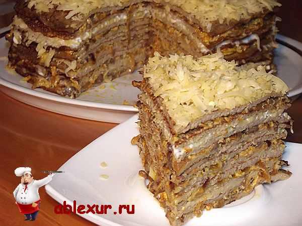 печеночный торт с сыром и овощами