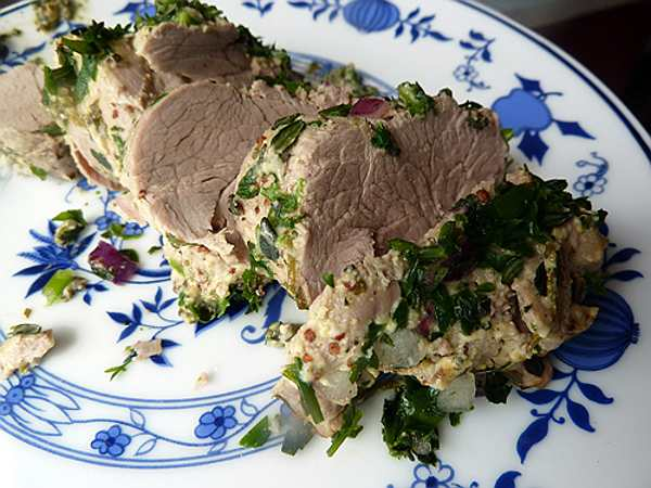свинина запеченная в духовке и нарезанная кусочками