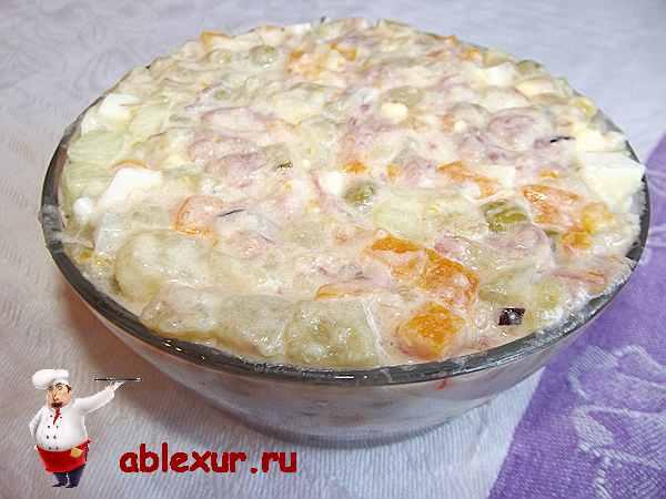 наполненный салатник оливье