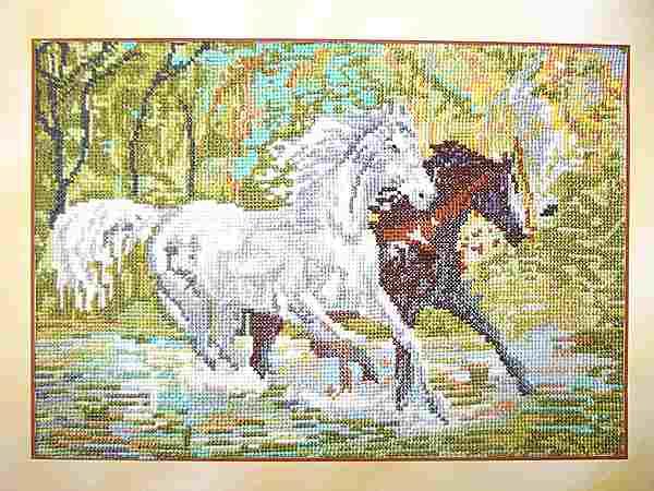 картина кони на водопое
