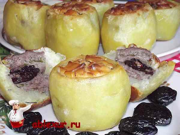 фаршированный картофель фаршем из мяса с черносливом и грецкими орехами