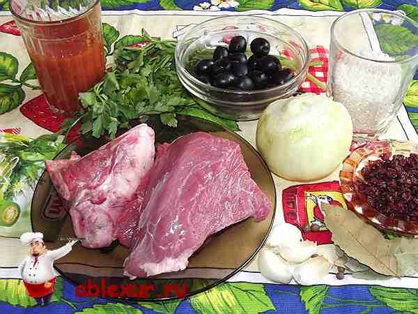 продукты для супа харчо на столе