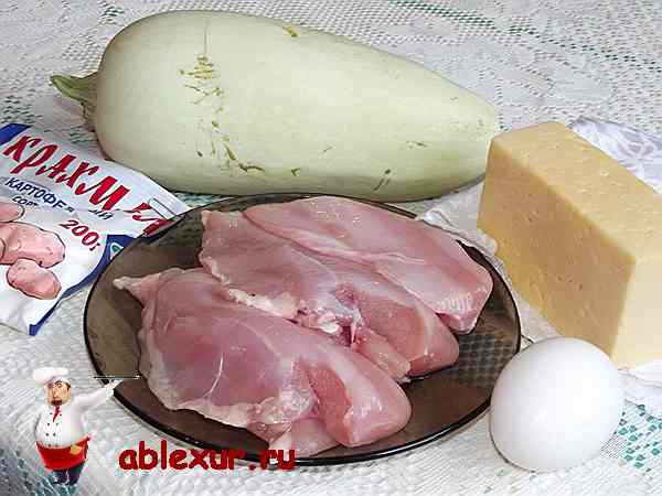 кабачок, сыр, куриное филе и крахмал