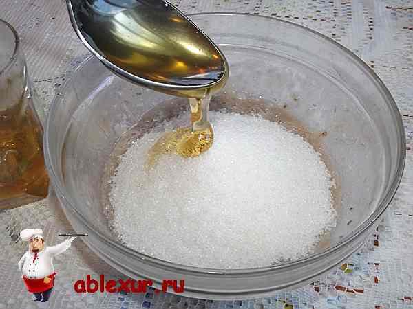 добавлю к сахару мед