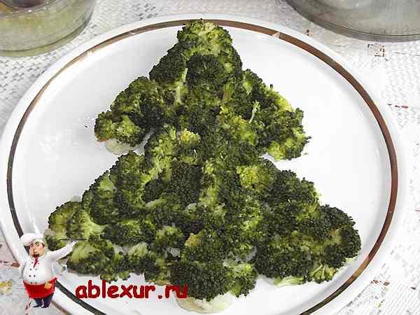 слой салата из капусты брокколи