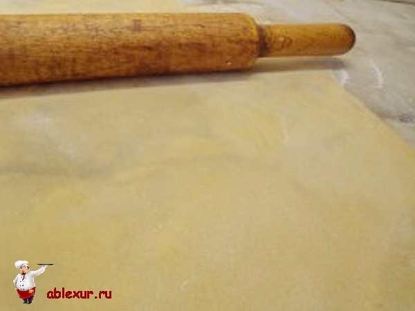 раскатанное тесто для домашней лапши