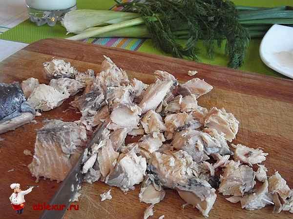 нарезанная горбуша для салата