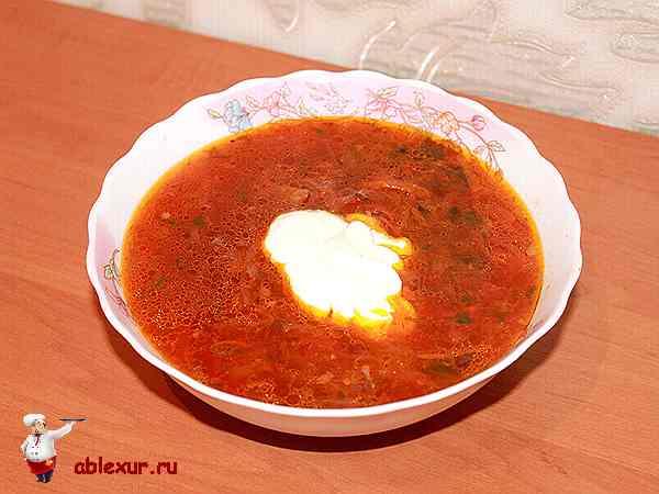 украинский борщ со свининой и свеклой