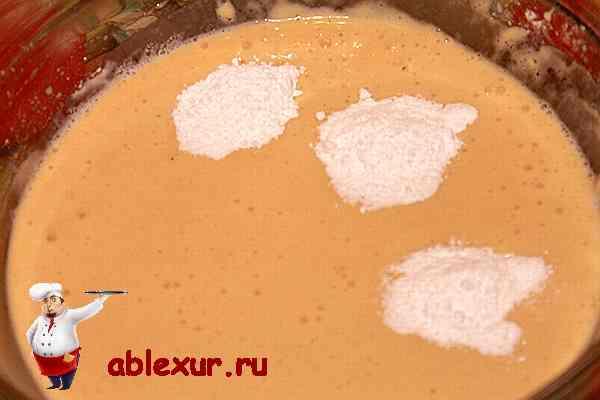 сода в бисквитном тесте