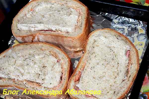 бутерброды с начинкой на противне
