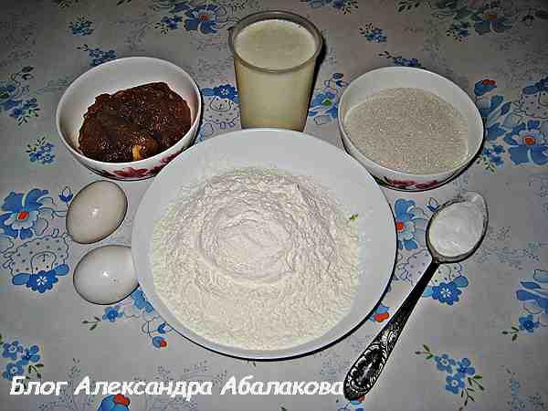 Крем для торта из сметаны и варенья с фото