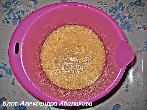 яичная смесь с вареньем для торта