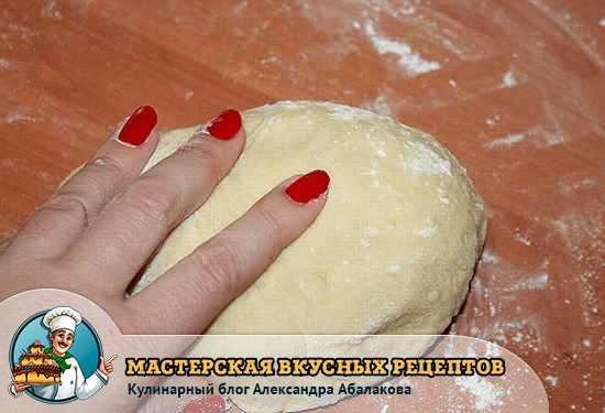 тесто для булочек вымесить