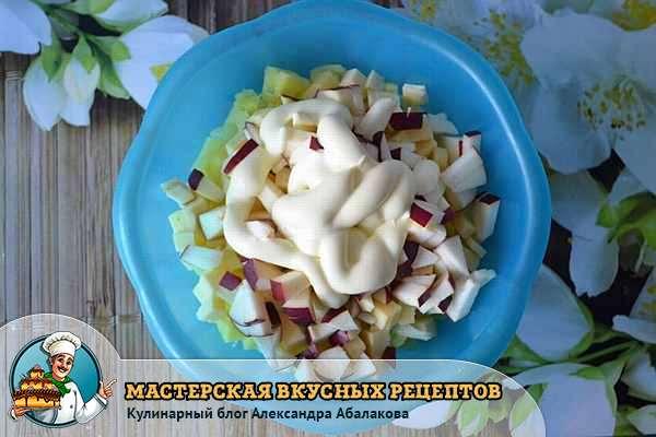 майонез в салате с сельдереем