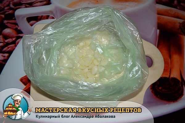 чеснок в пакете