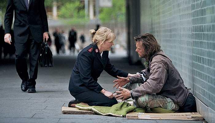 дарить людям тепло и доброту