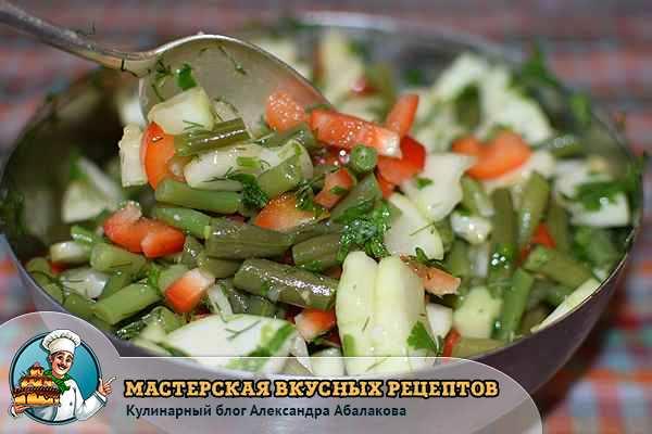 перемешать перец фасоль и кабачок