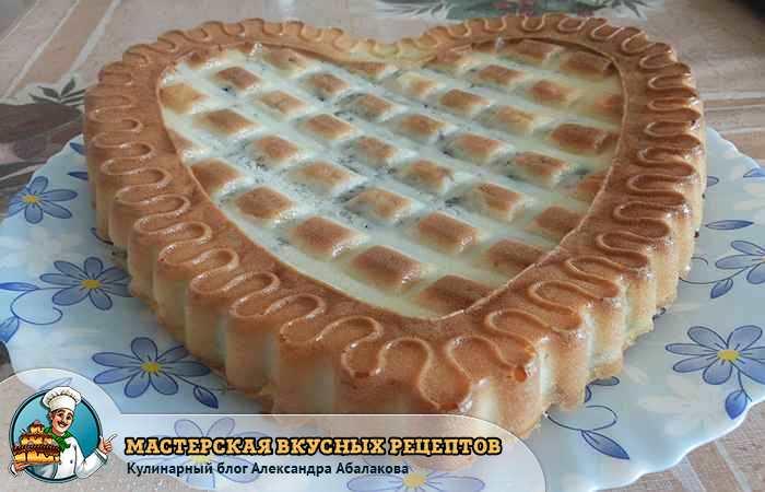пирог с начинкой из сайры и риса