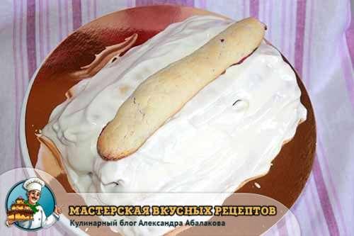 трубочка сверху торта