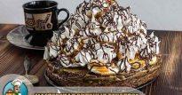 Торт с характером: «Графские развалины» на сметане с безе и черносливом