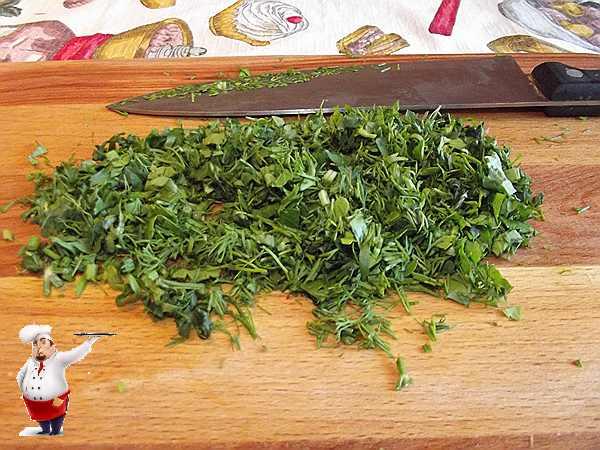 режу зелень для супа пюре