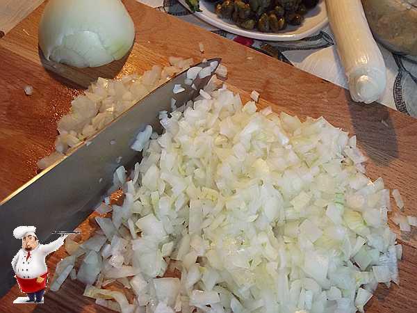 Лёгкий суп с рисом и маслинами – кулинарный рецепт