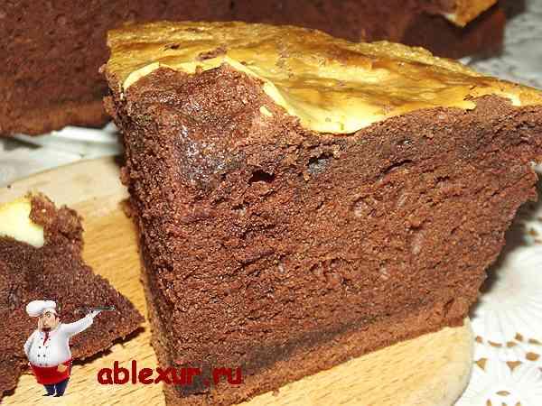 Простой пирог с какао