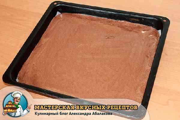 выложить торт на пергамент